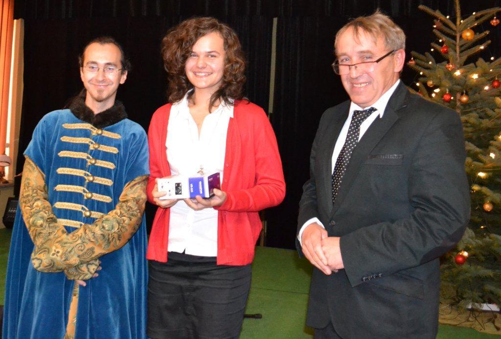 Grand Prix dla Marty Wydry. Na zdj. również przedstawiciele organizatorów Marcin Banaszewski i Marek Adamus.jpeg